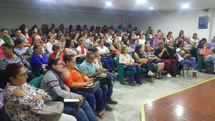 Docentes del Valle se benefician