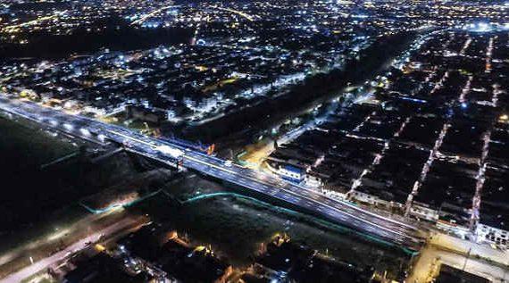 Más seguridad y mejor movilidad con la iluminación en LED de la prolongación de la avenida Ciudad de Cali