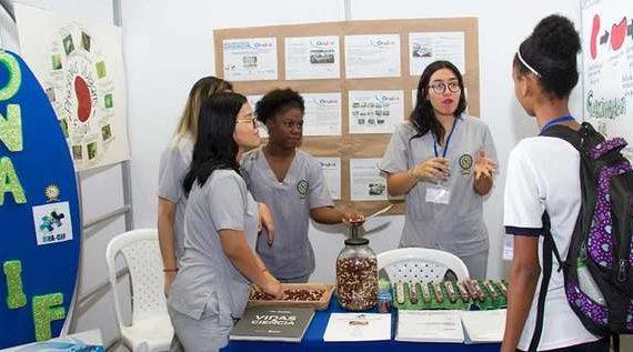 Se realizó en Cali la Primera Feria de Emprendimiento Escolar