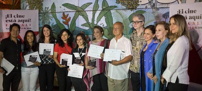 Fueron reconocidos los Héroes del Progreso cinematográfico