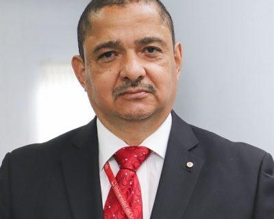 Profesor de Univalle recibe mención de honor por lucha contra la corrupción