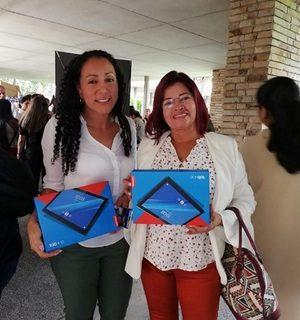 149 tablets entregó la Secretaría de Educación a instituciones educativas de 34 municipios