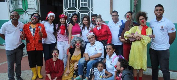 Asomaron narices de felicidad en el ancianato San Miguel