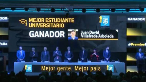"""Egresado de Icesi, """"Mejor Estudiante Universitario del País"""" en los premios Portafolio"""