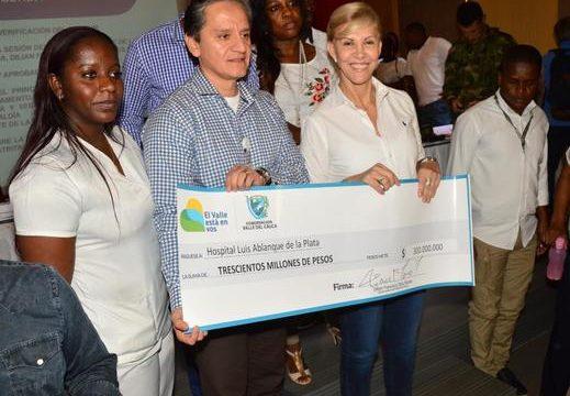 Gobierno departamental entregó recursos al hospital Hospital Luis Ablanque de la Plata