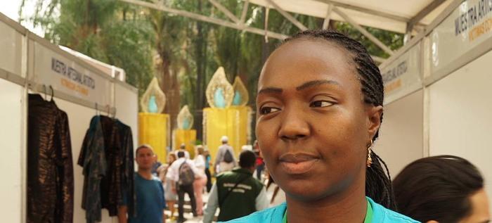 Hilos de esperanza y grandes historias se tejen en la Feria Artesanal para víctimas del conflicto armado