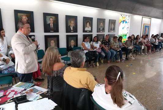 Maestras de Primera Infancia del Valle cierran el año con capacitación sobre Educación Inicial