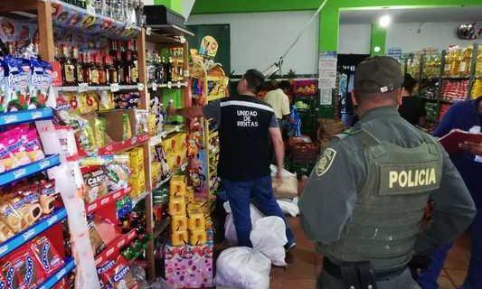 Unidad de Rentas continúa realizando operativos y decomisando licor y cigarrillos de contrabando