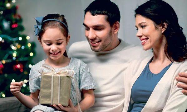 Cinco consejos si le regala un Smartphone a su hijo en Navidad