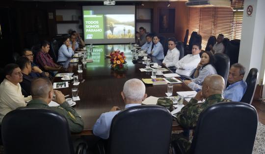 CVC, Ejército, Fuerza Aérea y alcaldes están al frente del plan de manejo de páramos