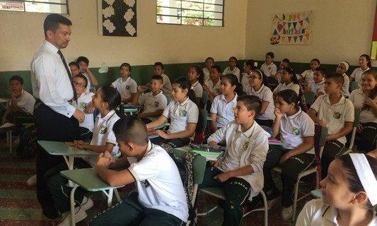 Se inicia evaluación de desempeño anual a docentes en el Valle