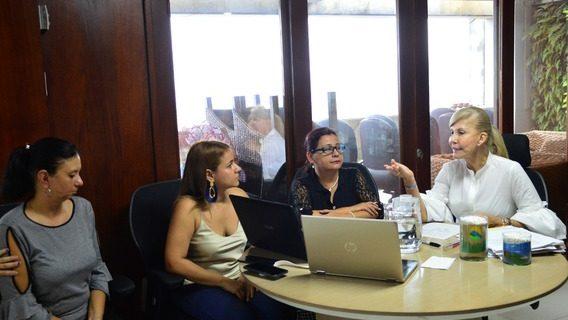 Proponen red de mujeres emprendedoras del Valle del Cauca