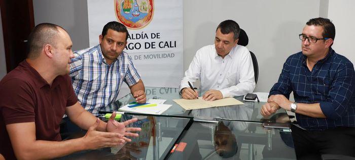 Agencia Nacional de Seguridad Vial y Findeter apoyan medidas de pacificación de tráfico en Cali