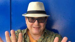 Foro de guionistas de cine con el escritor brasileño Doc Comparato