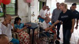 Anciano de Cali recibe el apoyo de la Gobernación del Valle