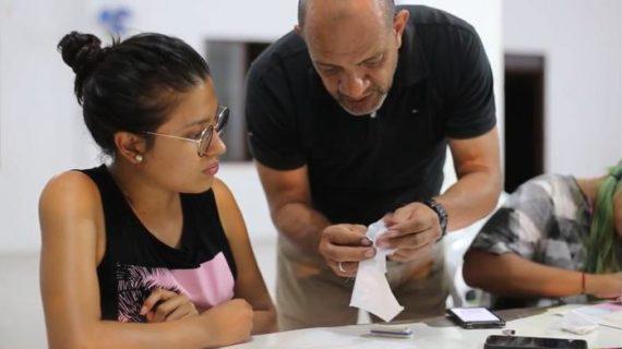361 caleños recibieron diplomados del proyecto de 'Formación artística', de Bellas Artes