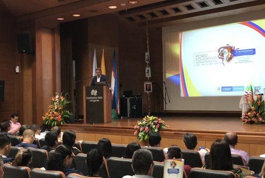 Se realizó el XVIII Foro Educativo Departamental 'El Bicentenario'