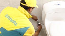 Alianza entre Grival y el SENA para profesionalizar el oficio de la plomería