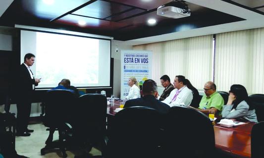 Junta directiva del HUV evalúa logros alcanzados en cuatro años