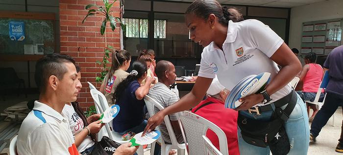 Alcaldía de Cali llevó la oferta de servicios a 200 víctimas del conflicto de la Comuna uno