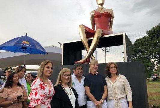 Escultura 'Ella' reivindica derechos y el liderazgo de género: Gobernadora del Valle