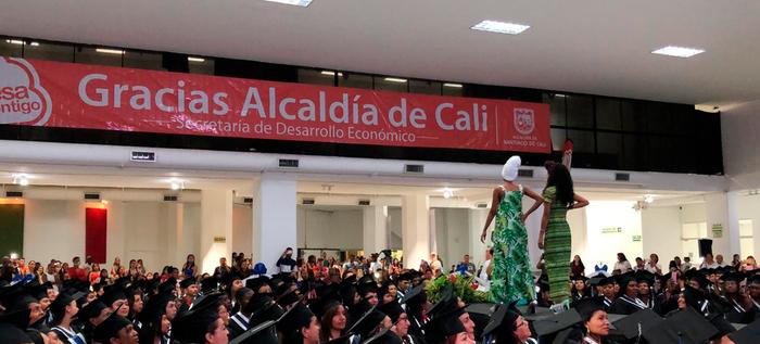 500 personas se beneficiaron con el programa de Confecciones de la Alcaldía y la Fundación Singer