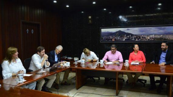 Empresas que lleguen al Valle tendrían exoneración de impuestos, anunció la gobernadora Clara Luz Roldán