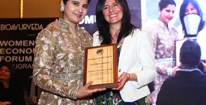 """La colombiana Carol Quevedo recibió el premio """"Exceptional Women of Excellence"""" por parte del Women Economic Forum"""