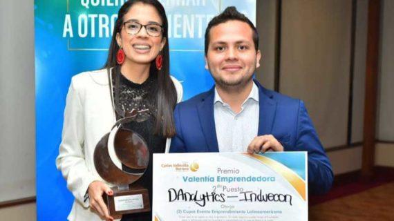 Egresados ganan premio Valentía Emprendedora