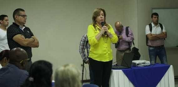 Gobernadora Clara Luz Roldán Ratifico su apoyo a las víctimas de la violencia