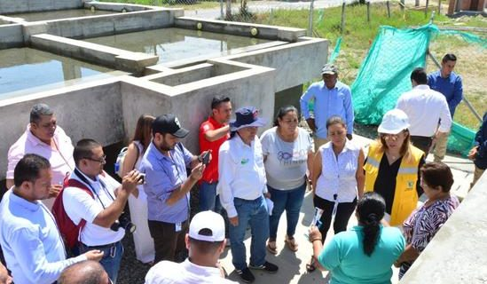 Gobernadora del Valle inspeccionó obras que abastecerán de agua potable a más de 8.000 personas