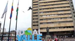 Emprendedores impulsados por la Gobernación del Valle producirán kit de bioseguridad