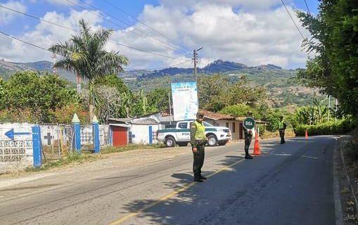 Más de 900 sancionados por incumplir toque de queda en el Valle del Cauca