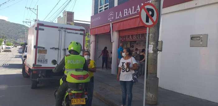 54 personas sancionadas por incumplir medidas sanitarias y cometer distintos delitos en el Valle en primera jornada de ley seca