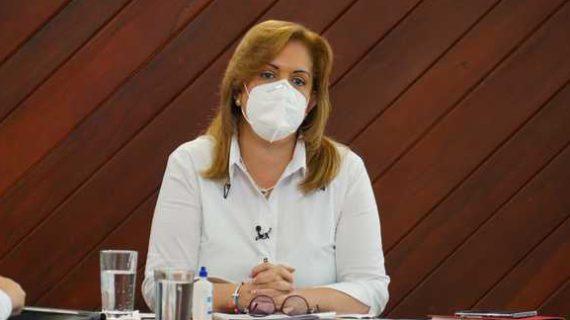 Gobernadora Clara Luz Roldán destaca a Dagua, El Águila y Calima, por el manejo del COVID-19