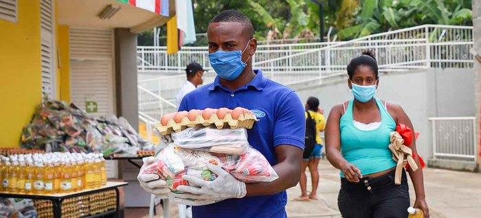 300 niños los primeros beneficiados con la entrega de raciones para preparar