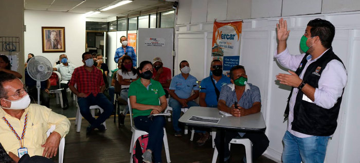 Sistema de Alerta Temprana Comunitario en la plaza de mercado Santa Elena