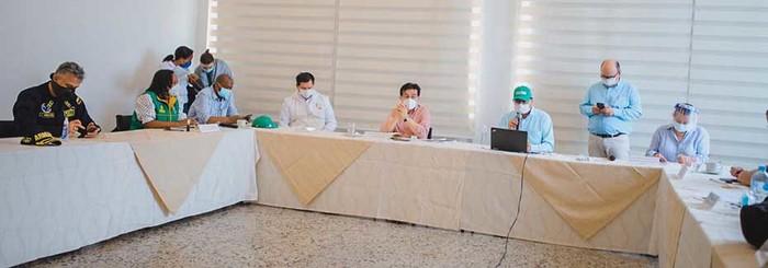 Nación y departamento apoyan a Buenaventura para contener avance de COVID y aumentar capacidad de instituciones de salud