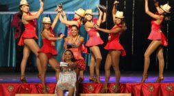 Confirmado Por Guinness World Records™: Cali posee el título De récord Para el mayor número de videos de personas bailando la misma canción subidos a Facebook durante 1 hora