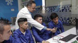 Movistar Empresas ofrece al SENA servicio de navegación gratuita a más de 250 mil aprendices