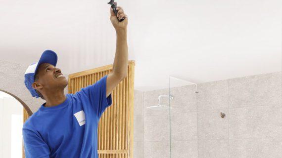 Corona le apunta a capacitar de manera virtual a 10.000 maestros de obra, pintores y plomeros antes de finalizar el 2020