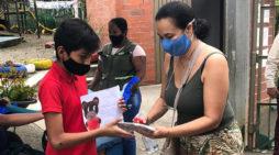 Docentes de La Buitrera promueven donaton de equipos para interconectar a sus estudiantes