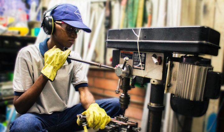 Empresas y sector social de Cali se unen para crear oportunidades laborales en la crisis
