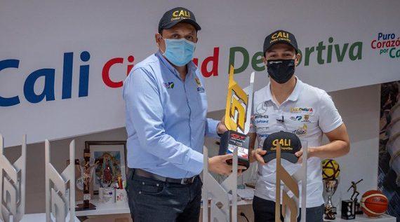El piloto caleño Oscar Tunjo dedicó sus premios a Cali Ciudad Deportiva