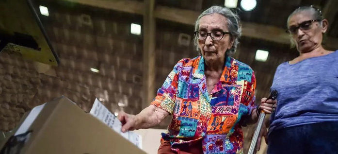 Se cumplen 63 años del ejercicio del voto femenino en Colombia
